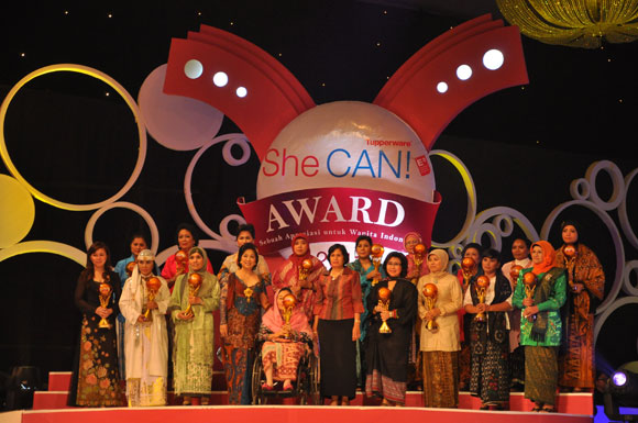 Tupperware She Can Award 2011 recipients